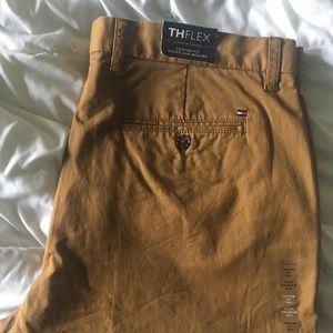 Men's Tommy Hilfiger Custom Fit 36x34 pants